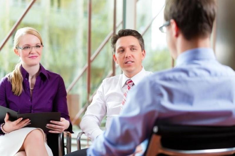 Характеристика с места работы - образец: как пишется положительная или отрицательная на работника или сотрудника при увольнении с последнего места работы для суда